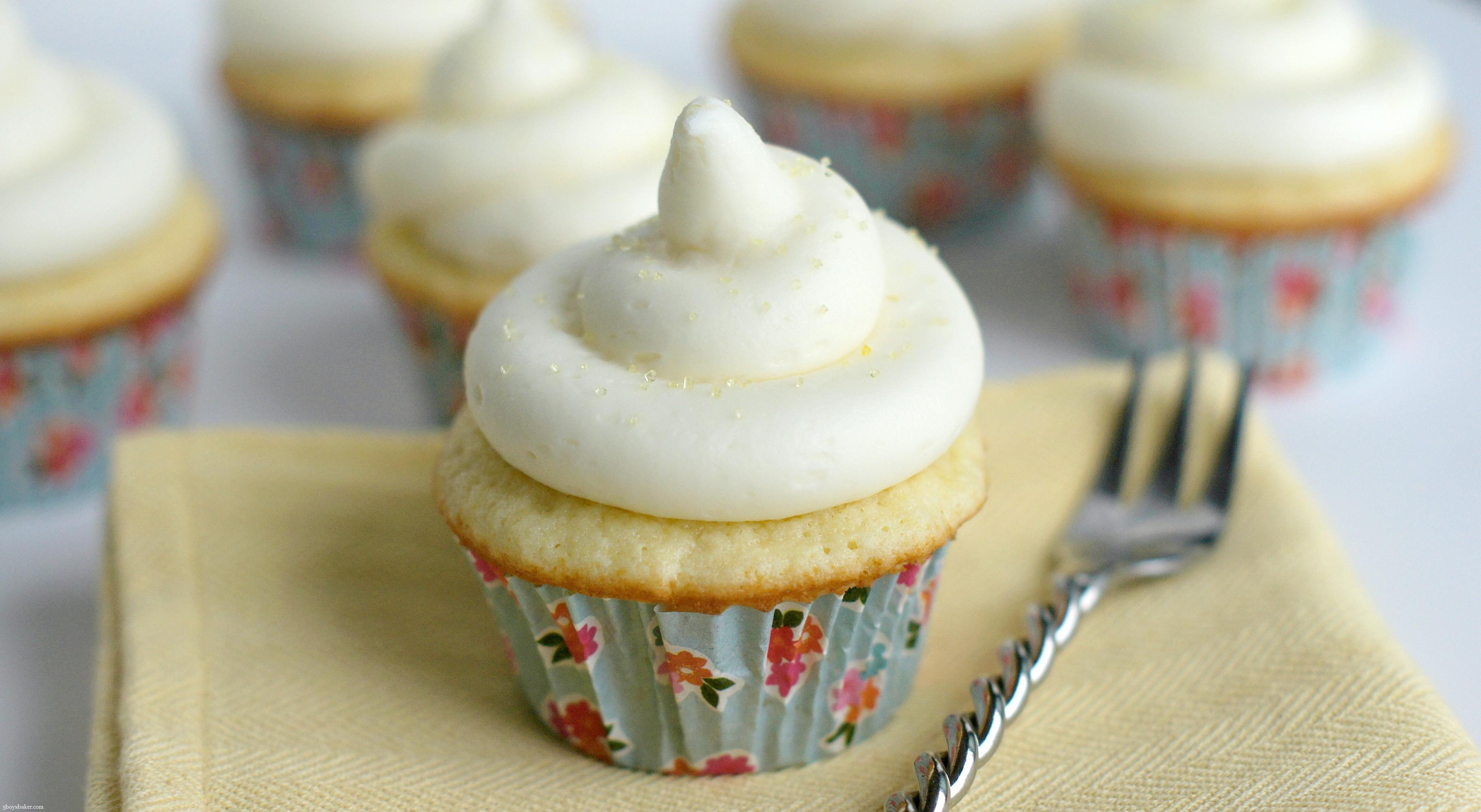 Boys Baker Coconut Cupcakes with Lemon Buttercream Frosting - 5 Boys ...
