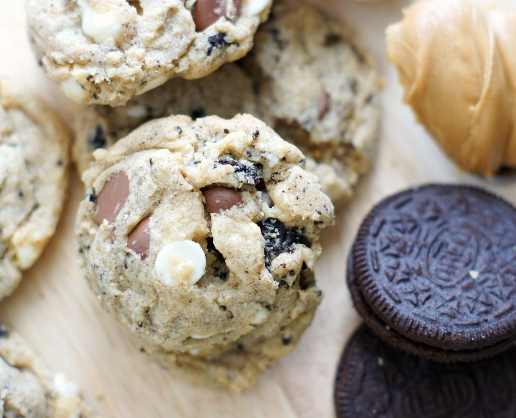 Peanut butter cookies and cream cookies